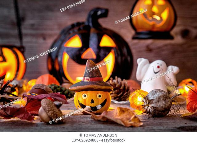 Traditional, spooky and scary halloween holiday background