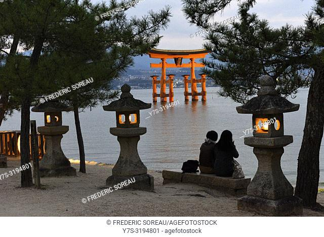 The floating Miyajima torii gate of Itsukushima shrine,UNESCO,Miyajima island,Western Honshu, Japan,Asia