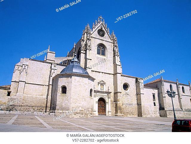 Facade of the cathedral. Palencia, Castilla Leon, Spain