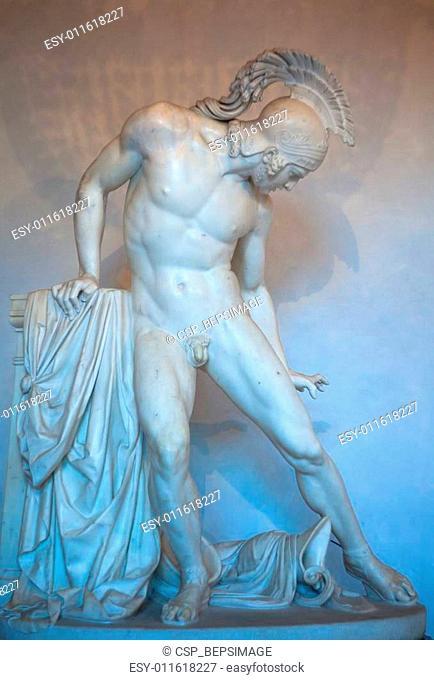 Achille ferito statue