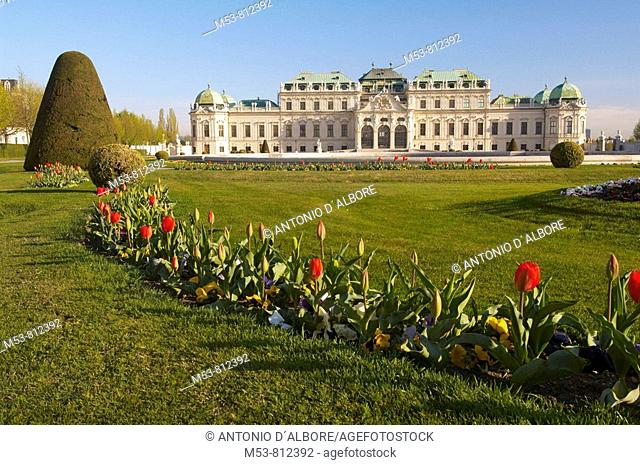 facade of the upper belvedere palace with pool and garden  Landstraße district  vienna  austria  europe