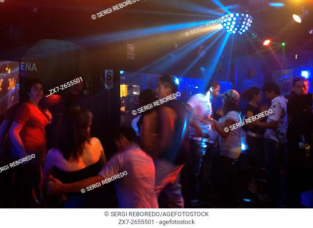 The party in Lima is centered on the district of Barranco especially on Friday and Saturday night