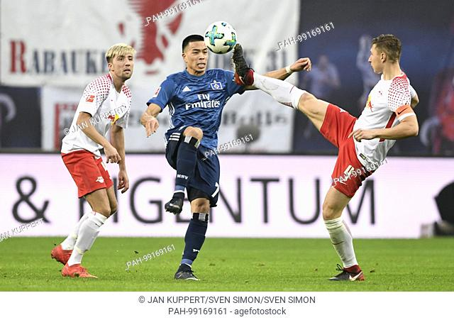 left to right: Kevin KAMPL (L), Bobby WOOD (HH), Willi ORBAN (L), duels, Aktion, Spielszene,, Fussball 1. Bundesliga, 20