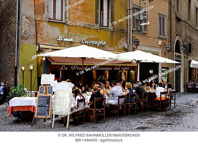Restaurant on the Piazza Navona, Vicolo della Cuccagna, Rome, Italy, Europe