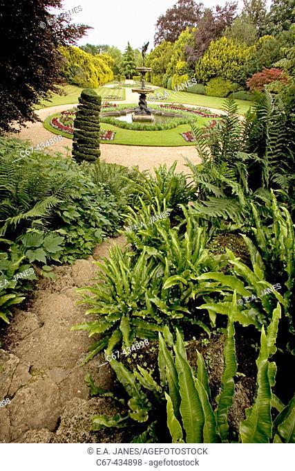 Ascott House Gardens. Buckinghamshire. England. UK