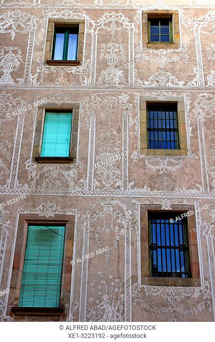 windows building facade with sgraffito, Gothic Quarter, Barcelona, Catalonia, Spain
