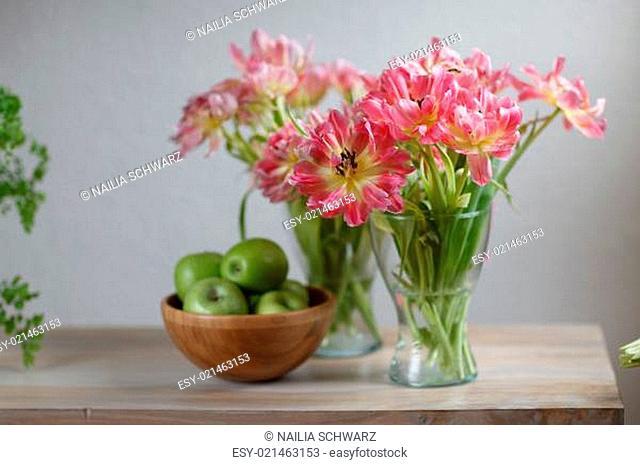 Tulpen und Äpfel