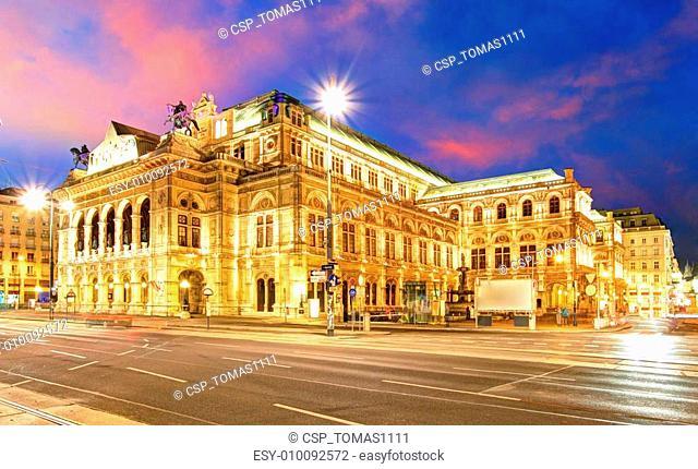 Vienna 's State Opera House at night, Austria