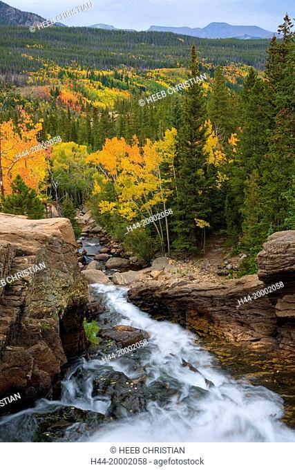 Colorado, Grand County, Rocky Mountain National Park, Alberta Falls in autumn