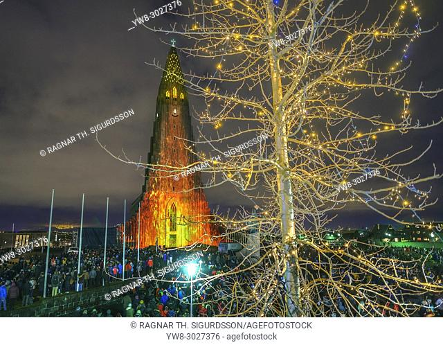 Light display during the Winter lights Festival, Hallgrimskirkja Church, Reykjavik, Iceland