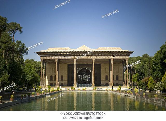 Iran, Isfahan, Chehel Sotoun palace