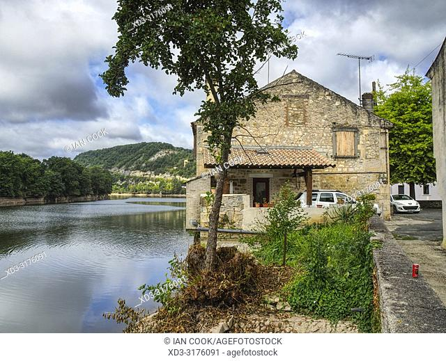 House by Lot River, Rue Frederic Benech, Fumel, Lot-et-Garonne Department, Nouvelle Aquitaine, France