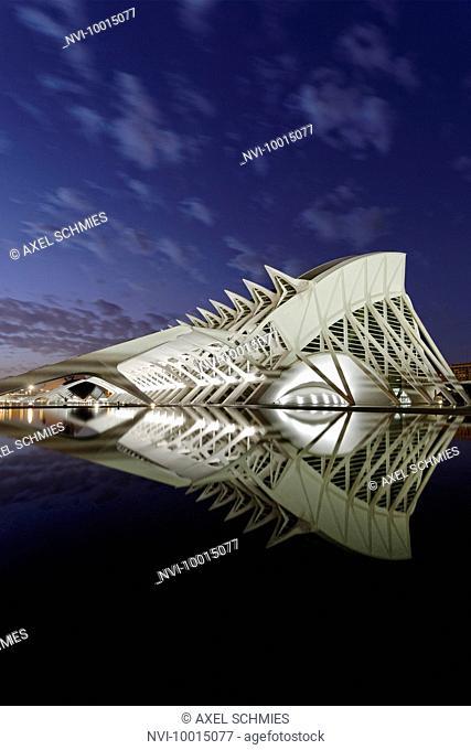 Architecture by Santiago Calatrava, Museo de las Ciencias Principe Felipe, Ciudad de las Artes y las Ciencias, Valencia, Spain
