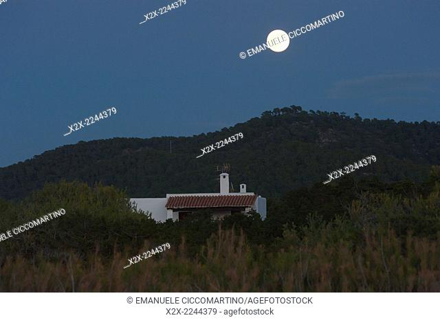 Sunset with moon and Payesa house, Eivissa, Ibiza, Balearic Islands, Spain, Mediterranean, Europe