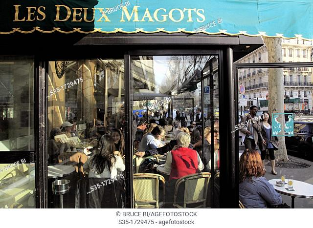 Cafe Deux Magots in Saint-Germain-des-Pres  Paris  France