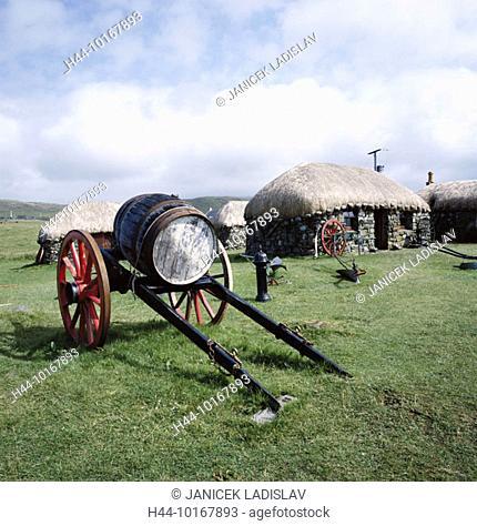 10167893, follower, near Kilmuir, barrel, Great Britain, island, isle, Skye, Scotland, Skye Croft museum, stone huts