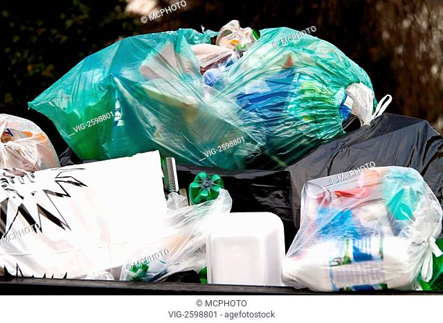 A garbage collection point for plastic waste - 01/01/2011