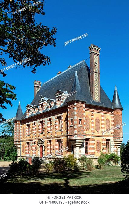 FACADE OF THE CASTLE, DOMAINE DES PREVANCHES, BOISSET-LES-PREVANCHES (27), FRANCE