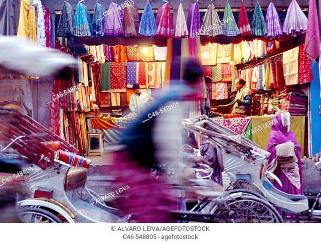 Street in the old city, Varanasi. Uttar Pradesh, India