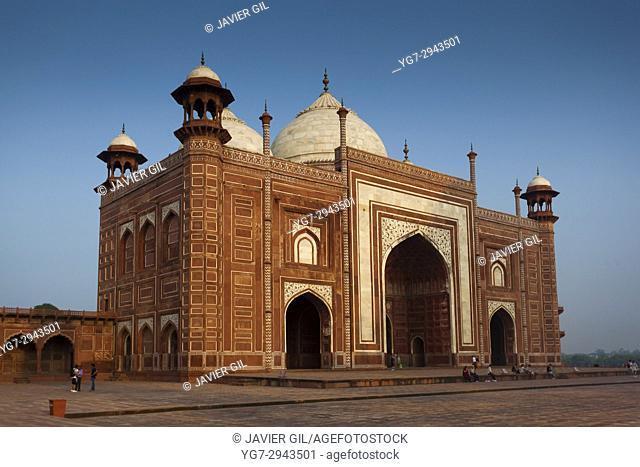 Mosque of the Taj Mahal, Agra, Uttar Pradesh, India