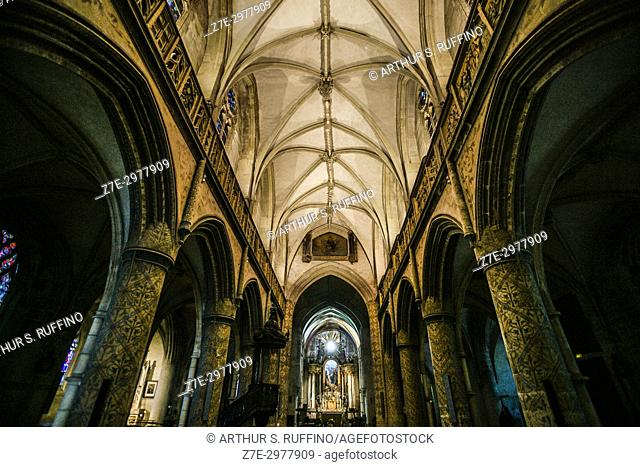 Interior of Basilica of the Trinity (Basilique Sainte-Trinité), Cherbourg-Octeville, Manche Department, Normandy, France, Europe