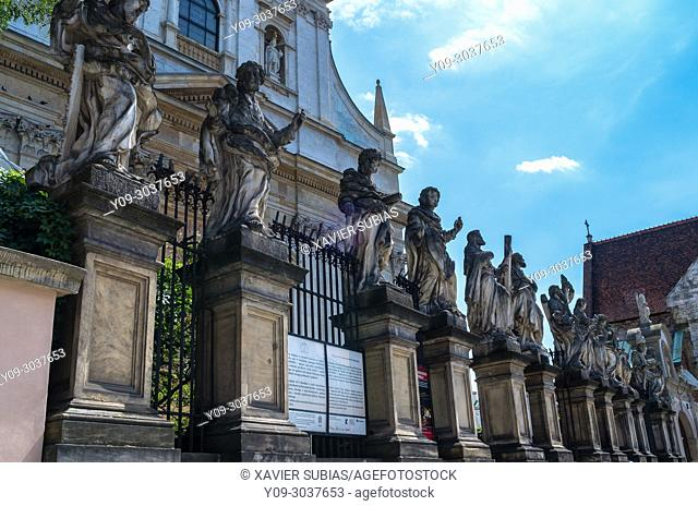 Statues, Church of Saints Apostles Peter and Paul, Krakow, Poland