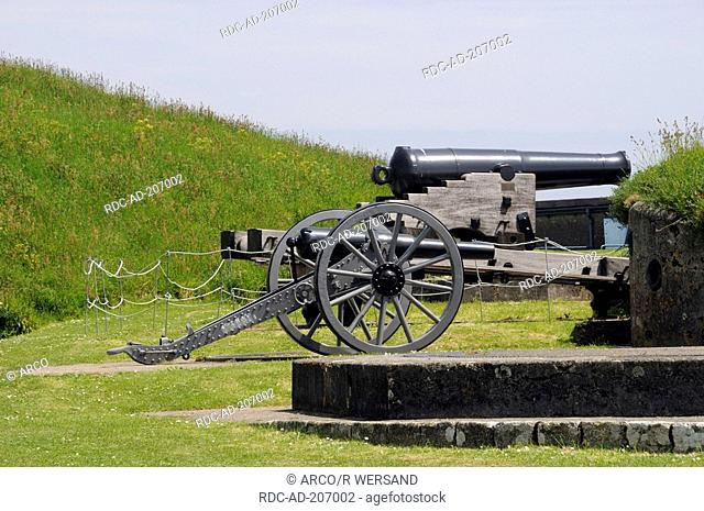 Old cannon, Fortress, Pendennis Castle, near Falmouth, Cornwall, England
