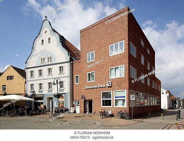 Wolgast, Sparkassengebäude am Rathausplatz