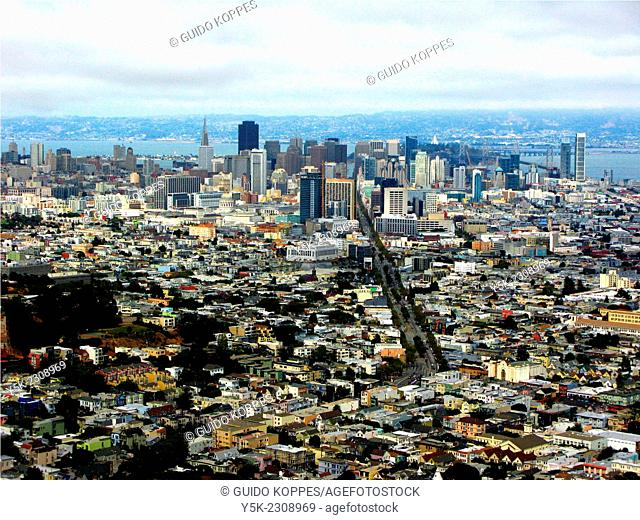 San Fransisco, United States. View on Market Street and the Financial District from Twin Peaks