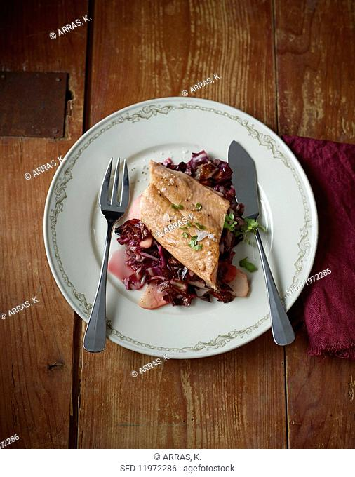 Salmon trout with radicchio and apple