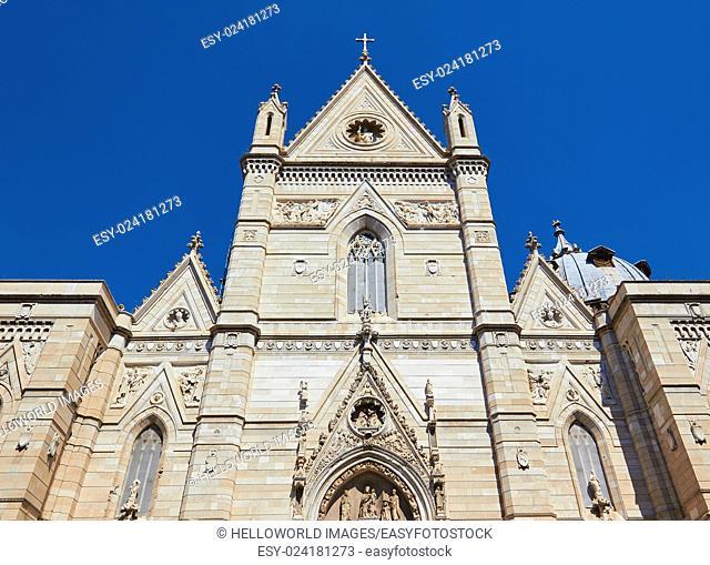 14th century Roman Catholic Duomi Di Napoli, Cattedrale Di San Gennaro, Naples Cathedral, Campania, Italy, Europe