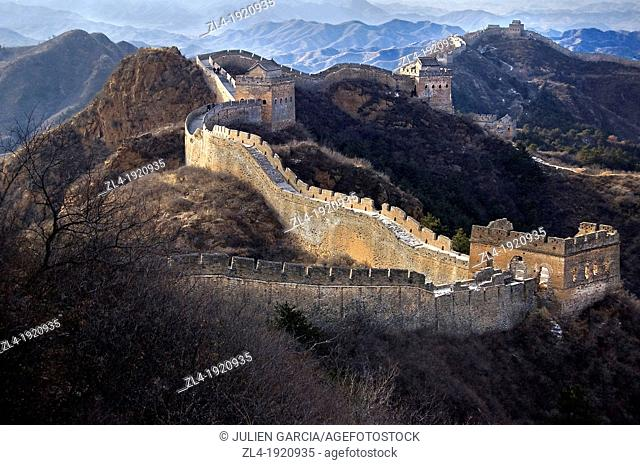 The Great Wall of China snaking across the hills. China, Beijing, Jinshanling, Great Wall. (/Julien Garcia)