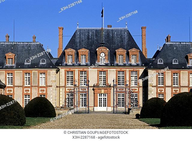 Chateau de Breteuil, commune of Choisel, Haute-Vallee de Chevreuse Regional Nature Park, Yvelines department, Ile-de-France region, France, Europe