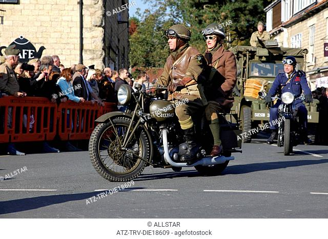 1940S TRIUMPH ARMY MOTORCYCLE; PICKERING, NORTH YORKSHIRE; 15/10/2011
