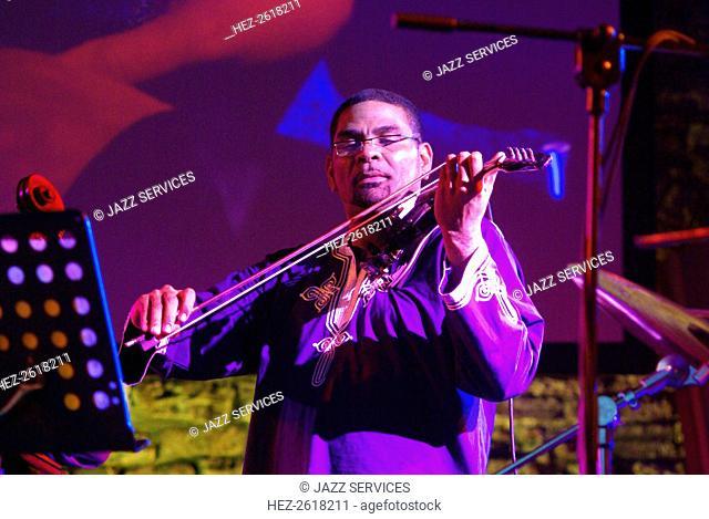 Omar Puente, Brecon Jazz Festival, Powys, Wales, 2009. Artist: Brian O'Connor