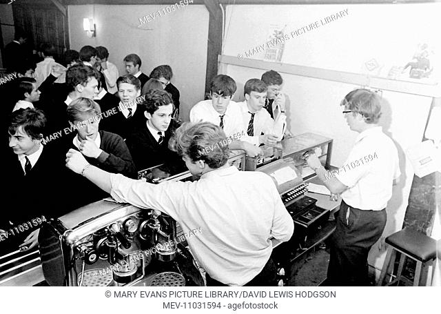 Schoolboys in the refectory at Atlantic College (United World College of the Atlantic), St Donat's Castle, Llantwit Major, Glamorgan, South Wales