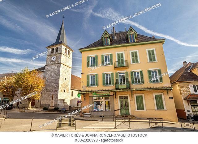 Novalaise village near the Lac d'Aiguebelette, Savoie, Rhône-Alpes, France