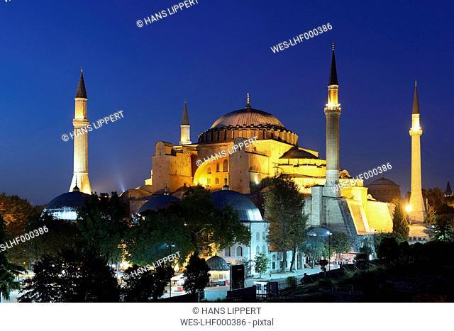 Turkey, Istanbul, Hagia Sofia at night