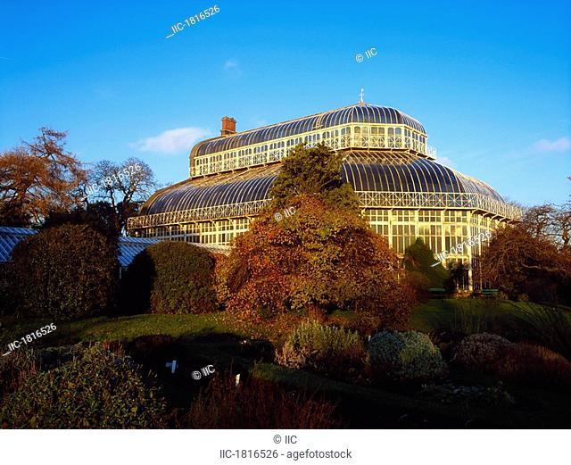 Great Palm House, National Botanic Gardens, Dublin, Ireland