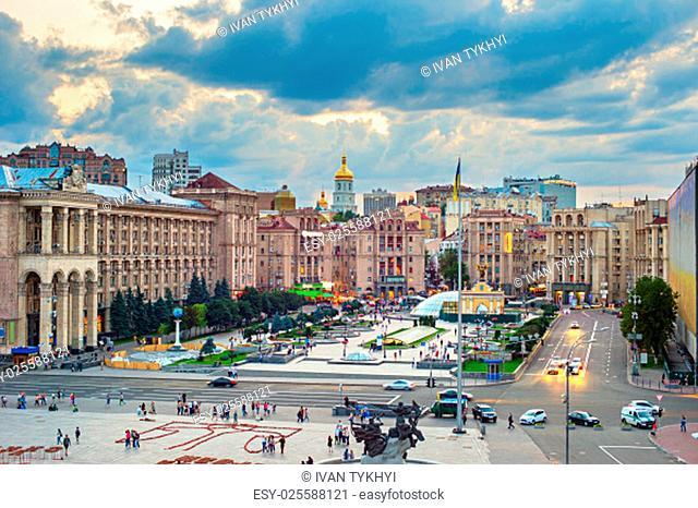 View of Maidan Nezalezhnosti Square at sunset. Kiev, Ukraine