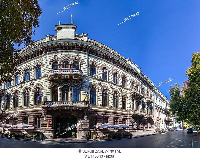 Luxury hotel Londonskaya in the historic center of the Odessa city