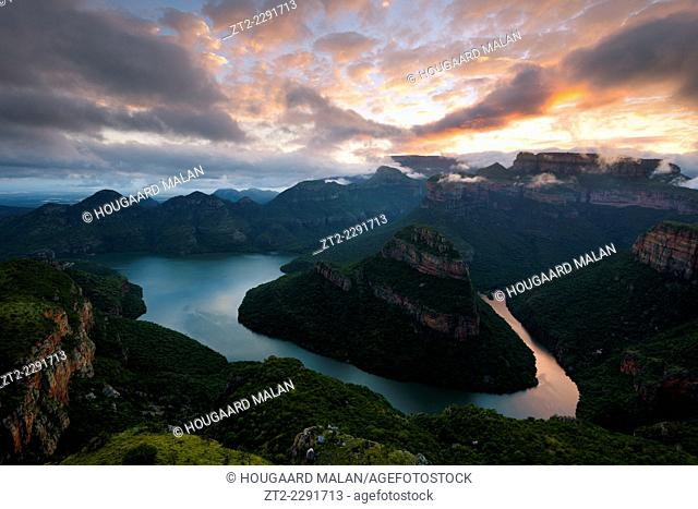 Landscape photo of a colourful sunrise sky over Blyde River Canyon. Mpumalanga, South Africa