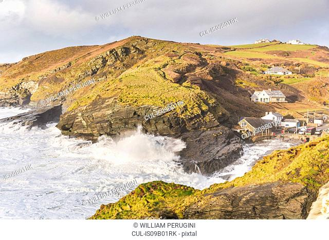 Ocean waves lapping against cliffs, Trebarwith, Cornwall, UK