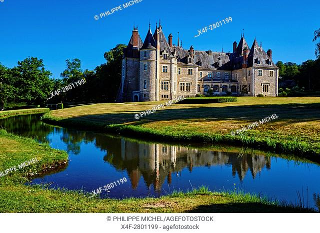 France, Cher (18), Berry, the Jacques Coeur road, chateau de la Verrerie castle