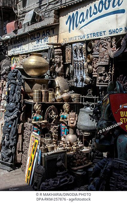 curios and artifacts shop, chor bazaar, Mumbai, Maharashtra, India, Asia