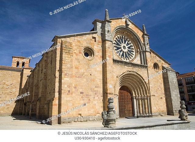 San Pedro church, in romanesque style with a rosette Cistercian in the city of Avila  World Heritage City  Castilla y León, Spain