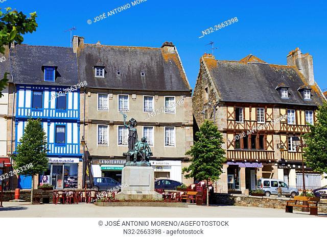 Treguier, Martray Square, Côtes d'Armor, Lannion District, Bretagne, Brittany. France