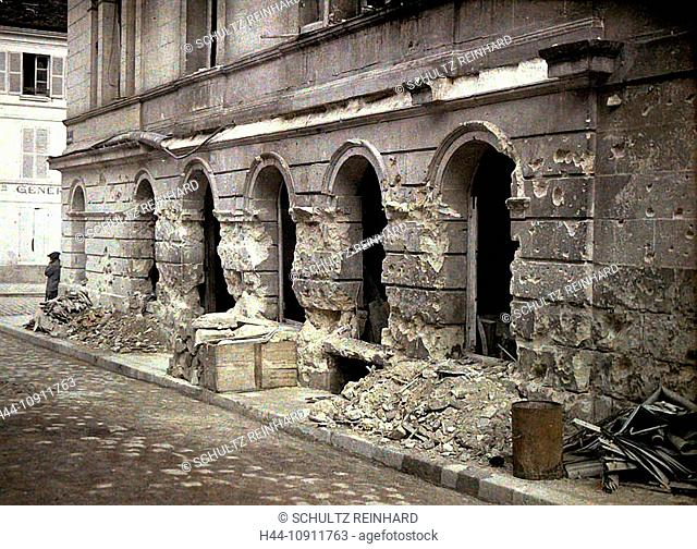 War, Europe, world war I, 1917, Europe, world war, color photo, Autochrome, F. Cuville, western front, department Aisne, France, Soissons, theater, ruins