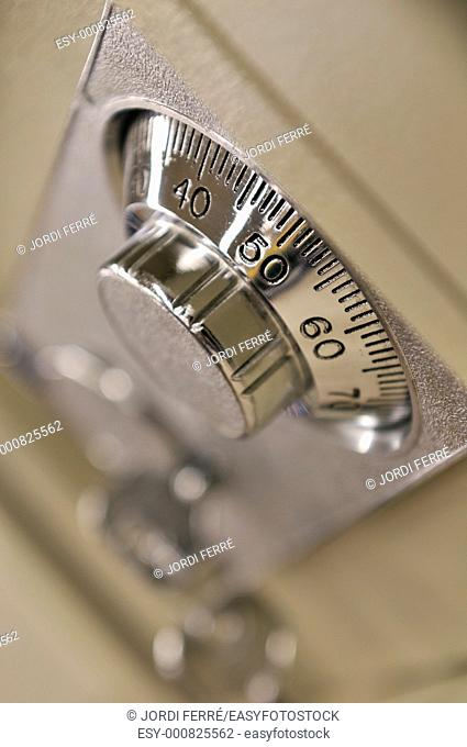 combination lock dial