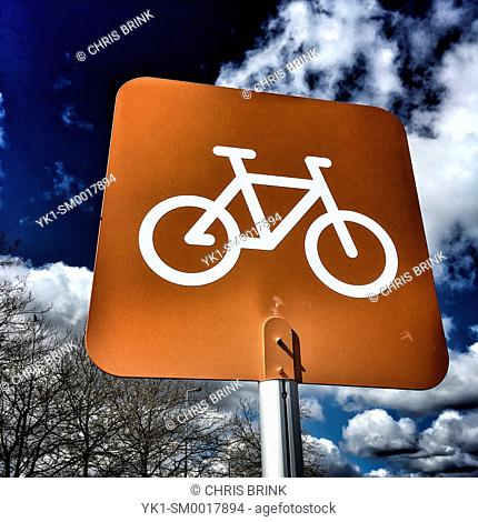 Bicycle parking sign